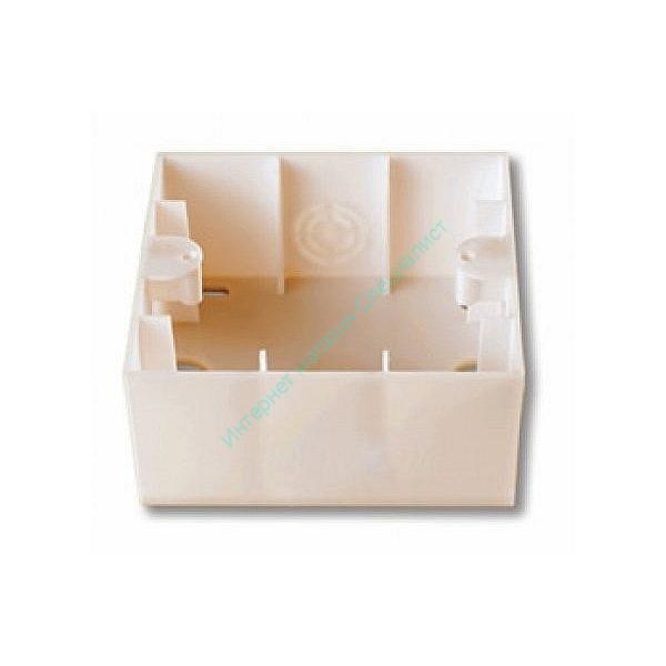 KARRE Коробка. для наружного монтажа (белый)